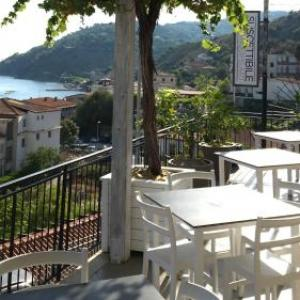 Book Now Suscettibile (Pioppi, Italy). Rooms Available for all budgets. Set in the Cilento and Vallo di Diano National Park in the seaside village of Pioppi Suscettibile offers a restaurant and bar. This property also offers a furnished terrace an