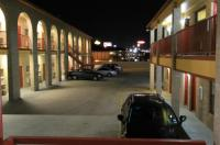 Americas Best Value Inn San Antonio/Lackland Afb Image