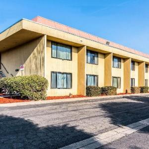 Red Roof Inn Fresno - Yosemite Gateway