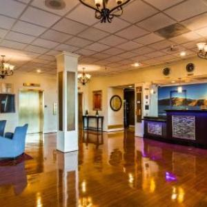 Classic Bowling Center Hotels - Best Western Plus Grosvenor Airport Hotel