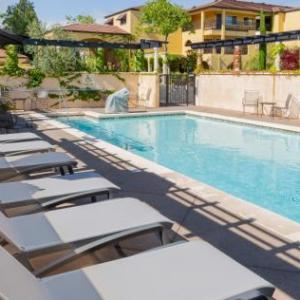 Hotels near Solar Living Center Hopland - Best Western Dry Creek Inn