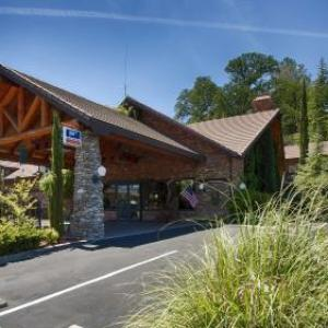 Hotels near Chukchansi Gold Resort and Casino - Best Western Plus Yosemite Gateway Inn