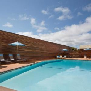 Laguna Seca Recreation Area Hotels - Monterey Tides