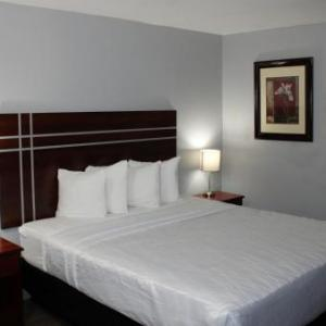 Hotels near Shadow Mountain Community Church - Surestay Plus Hotel By Best Western El Cajon