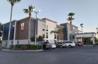 Best Western Plus Universal Inn Image