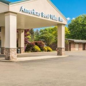 Americas Best Value Inn-Painted Post