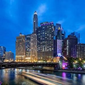 Chicagos First Lady Hotels - Wyndham Grand Chicago Riverfront