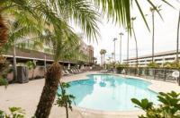 Comfort Inn & Suites San Diego - Zoo Seaworld Area Image