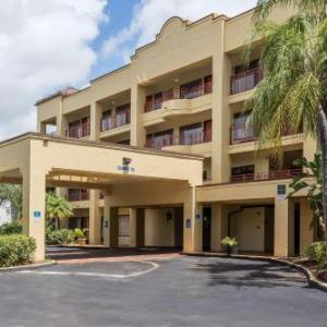 Quiet Waters Park Hotels - Quality Suites Deerfield Beach