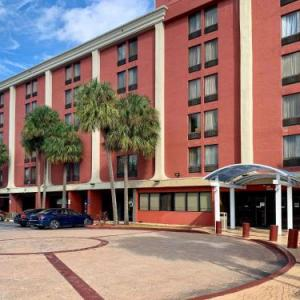 Milander Auditorium Hotels - Holiday Inn Express Miami International Airport