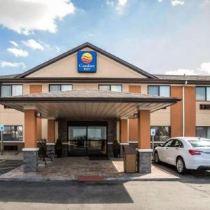 Top Fuel Saloon Hotels - Comfort Inn Morris