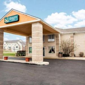 Hotels near The Comedy Shrine - Quality Inn Aurora