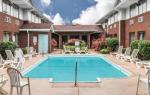 Highland Illinois Hotels - Super 8 By Wyndham O'fallon