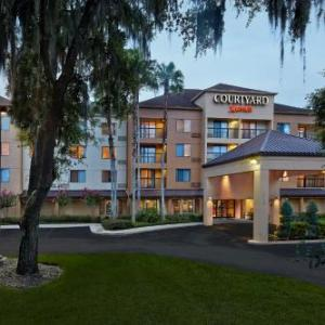 Spectrum Stadium Hotels - Courtyard By Marriott Orlando East At Ucf