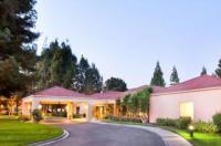 Courtyard By Marriott Pleasanton Image