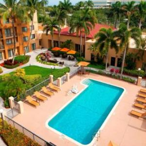 Blue Martini Boca Raton Hotels - Courtyard By Marriott Boca Raton