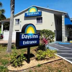 Hotels near Desoto Super Speedway - Days Inn By Wyndham Bradenton I-75