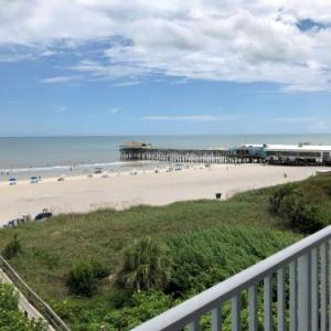 Hotels near Alan Shepard Park - Best Western Cocoa Beach Hotel & Suites
