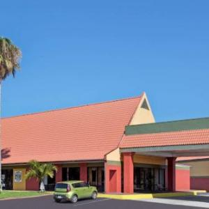 Days Inn Cocoa Cruiseport West At I-95/528