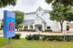 Arlington Texas Hotels - Motel 6-grand Prairie/arlington