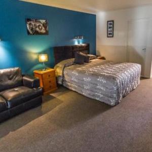 Oamaru Opera House Hotels - AAA Thames Court Motel
