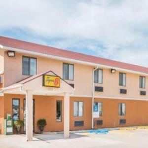 Hotels near Emporia Granada Theatre - Super 8 By Wyndham Emporia