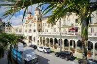 Palm Beach Hotel Image