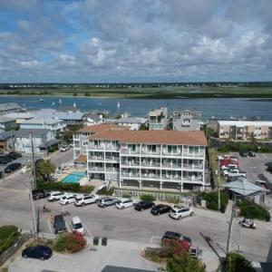 Sandpeddler Inn and Suites