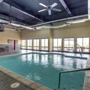Hotels near The Pavilion at Ole Miss - Comfort Suites Batesville