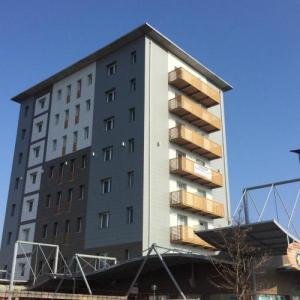 Book Now The Residence Galliate (Galliate, Italy). Rooms Available for all budgets. The Residence Galliate offers air-conditioned apartments and rooms in Galliate 30-minute drive from Rho Fiera Milano Exhibition Centre.Featuring a balcony all apartments have