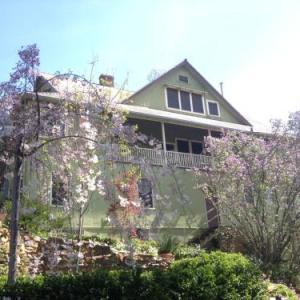 Barretta Gardens Inn