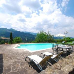 Book Now Bardia 1 (Dicomano, Italy). Rooms Available for all budgets. Offering access to a shared seasonal outdoor pool barbecue and sun terrace Bardia 1 is set in Dicomano in the Tuscany Region 26 km from Florence. Prato is 35 km away. Fr