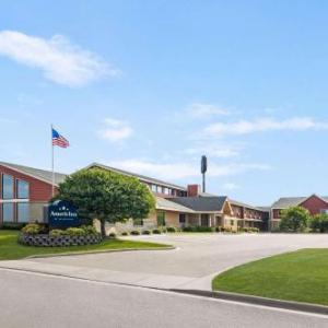 Hotels near Lake Geneva Christian Center - AmericInn by Wyndham Sauk Centre