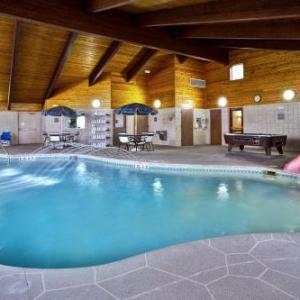 GrandStay Hotel and Suites Beaver Dam