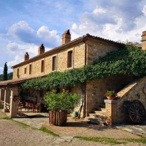 Book Now Agriturismo Selvella (Allerona, Italy). Rooms Available for all budgets. A beautifully restored 19th-century farmhouse 1 km from Allerona Agriturismo Selvella offers rooms with wood-beamed ceilings an Umbrian restaurant and free Wi-Fi. Homemade and
