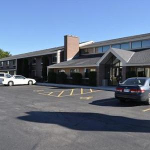 Hotels near Road America - Americinn Plymouth