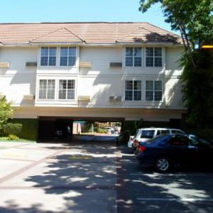 Theatre on San Pedro Square Hotels - Arena Hotel