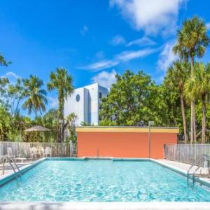 Central Broward Regional Park Hotels - Days Inn By Wyndham Fort Lauderdale Airport Cruise Port