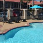 Days Inn & Suites by Wyndham Anaheim At Disneyland Park