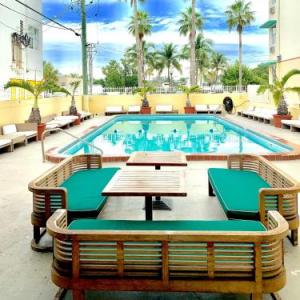 North Beach Bandshell Hotels - Days Inn And Suites Miami / North Beach Oceanfront