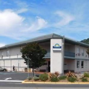 HopMonk Tavern Novato Hotels - Days Inn By Wyndham Novato/san Francisco