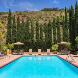 Jenny Craig Pavilion Hotels - Days Inn Hotel Circle Near SeaWorld