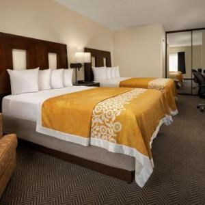 Soma San Diego Hotels - Days Inn Sea World-Airport