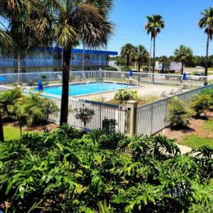 Hotels near Kennedy Space Center Visitors Complex - Days Inn by Wyndham Titusville Kennedy Space Center