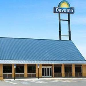 Days Inn Tampa/North Of Busch Gardens
