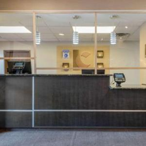 Hotels near Cherry Hills Community Church - Comfort Suites Highlands Ranch Denver Tech Center Area