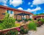 Leavenworth Kansas Hotels - Quality Inn & Suites Kansas City International Airport