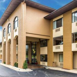 James W. Warren Citizens Center Hotels - Quality Inn Lincolnton