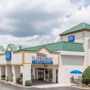 Greensboro Coliseum Complex Hotels - Baymont by Wyndham Greensboro/Coliseum