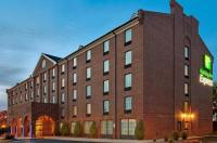 Holiday Inn Express Harrisburg East Image